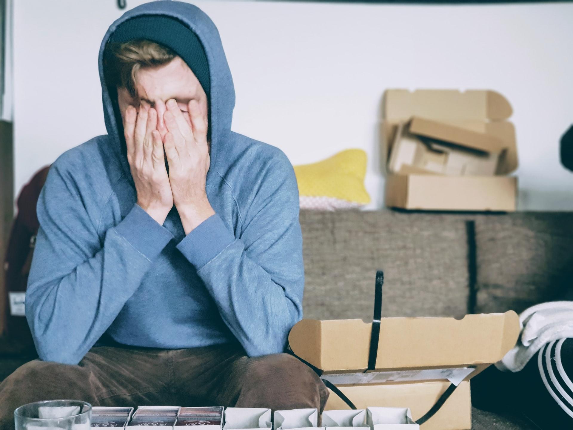 Stwierdzono, że psychoterapia i ciężki uraz zmniejszają częstość nawrotów psychiatrycznych u pacjentów z BM